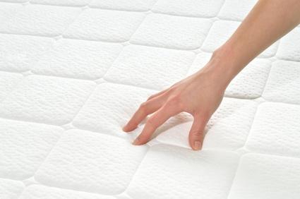 Matratze Ursache für Rückenschmerzen
